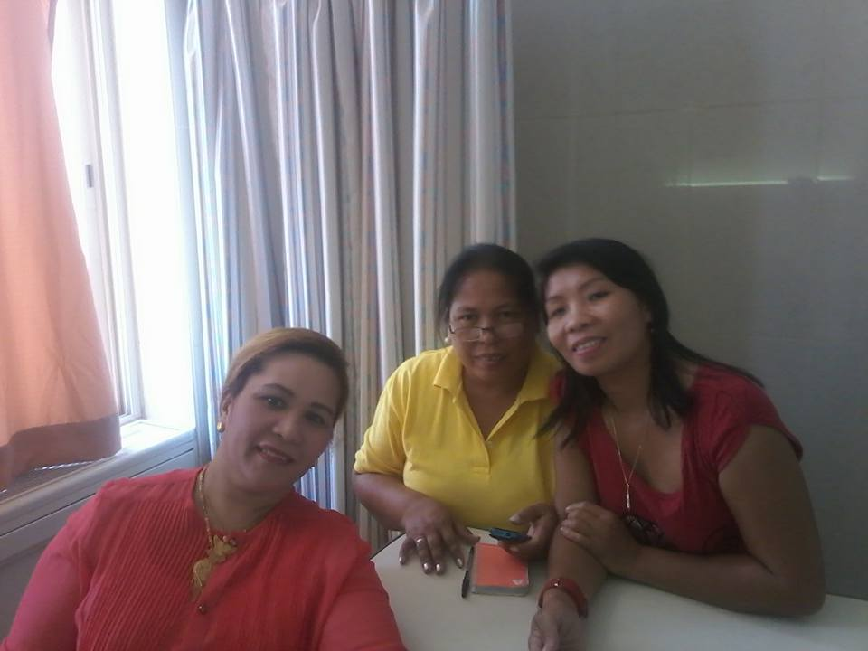 With Jennalyn's mother and Auntie.